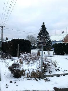 zimní cestou katastrem Újezdu